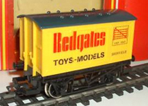 Redgates Toys & Models Closed Van