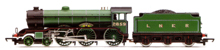 Class B17/4 Locomotive - Norwich City