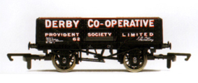 Derby Co-operative 5 Plank Wagon