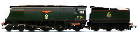 Battle Of Britain Class Locomotive - 605 Squadron